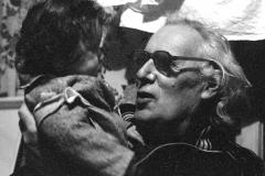 35А.Д. Тихомиров с внучкой Сашей. 1986
