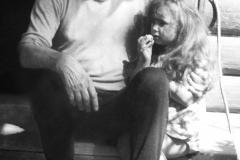 А.Д. Тихомиров с внучкой Сашей. 1991